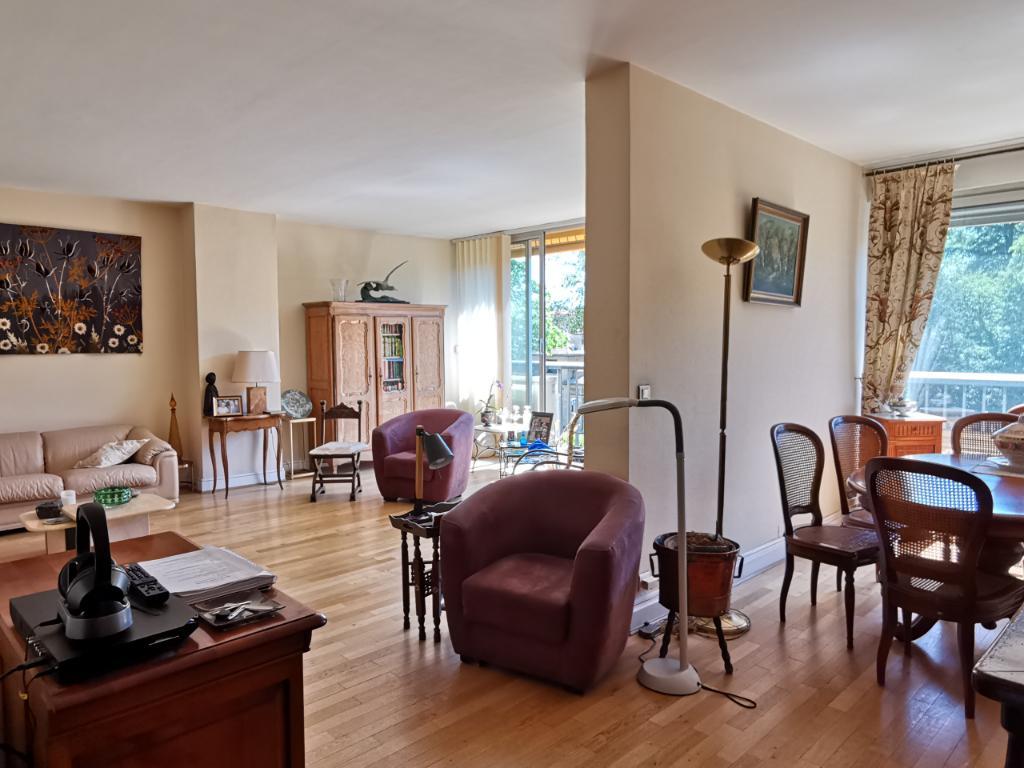 Croix Rousse prox Chartreux - Appartement Familial dans résidence avec Parc