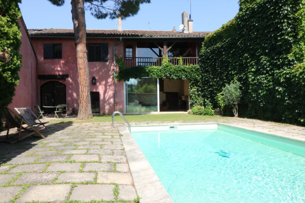 Maison Collonges Au Mont D Or 9 pièce(s) 250 m2